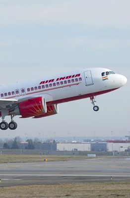 Soaring Covid-19 cases hit Indian airline recovery