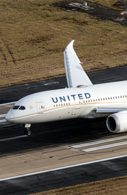 United Airlines Seeks To Raise $10.75bn As Revenue Improves
