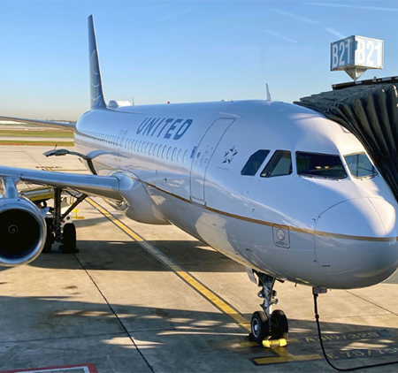 United Airlines reports $7.1bn loss for financial 2020